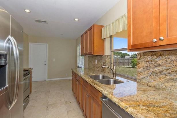 Single Family Detached, Ranch - Boca Raton, FL (photo 2)