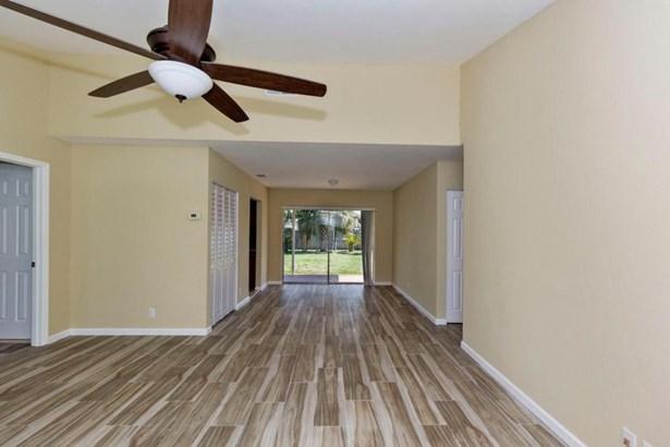 Single Family Detached, Ranch - Boca Raton, FL (photo 3)