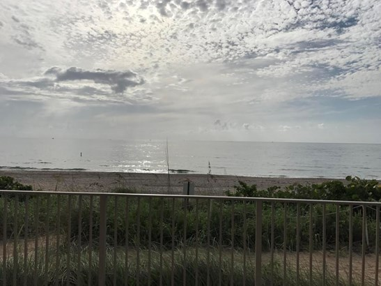 Condo/Coop - Hillsboro Beach, FL (photo 4)