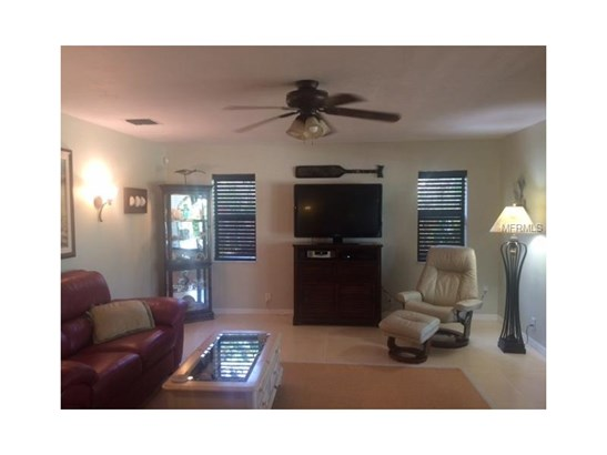 Single Family Home, Florida - FORT PIERCE, FL (photo 4)