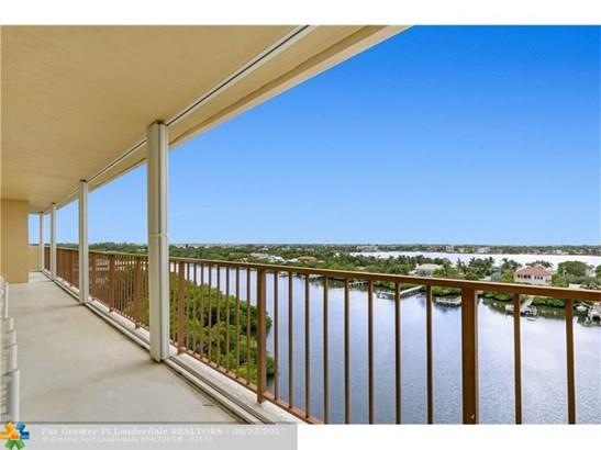 Condo/Co-op/Villa/Townhouse - South Palm Beach, FL (photo 5)