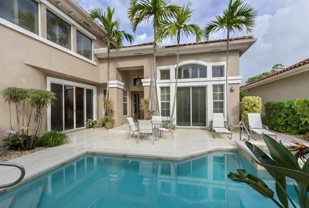 Single Family Detached, < 4 Floors,Contemporary,Courtyard - Boca Raton, FL (photo 3)