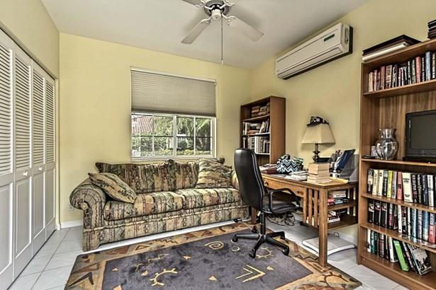 Single Family Detached, < 4 Floors,Contemporary,Courtyard - Boca Raton, FL (photo 5)