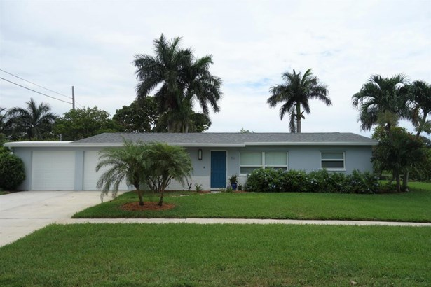 Single Family Detached, Ranch - Palm Springs, FL (photo 2)