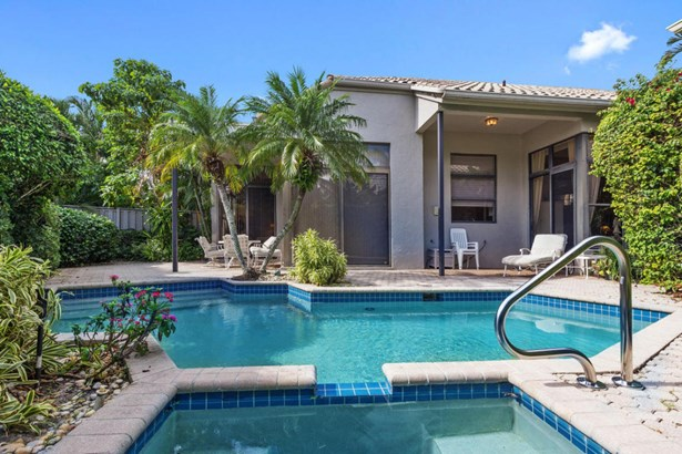 Single Family Detached, < 4 Floors - Boca Raton, FL (photo 3)