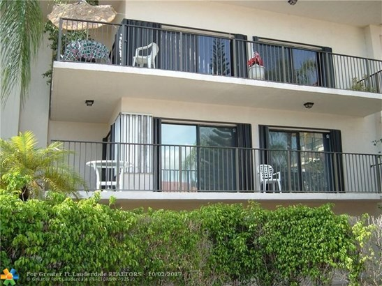 Condo/Co-op/Villa/Townhouse - Davie, FL (photo 1)