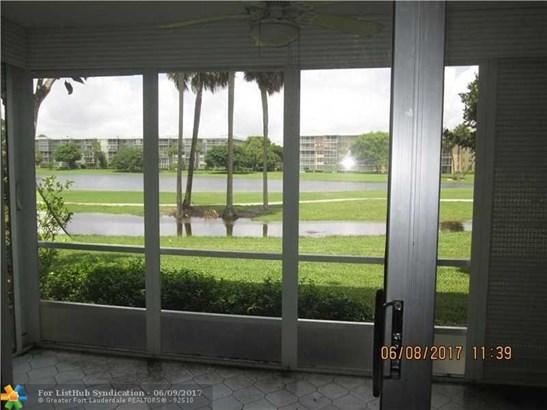 Condo/Co-Op/Villa/Townhouse, Condo 5+ Stories - Pompano Beach, FL (photo 3)