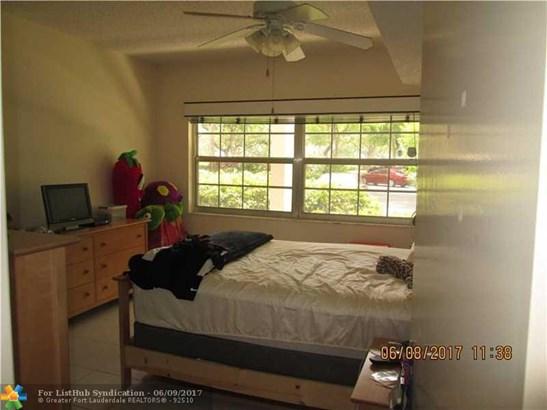 Condo/Co-Op/Villa/Townhouse, Condo 5+ Stories - Pompano Beach, FL (photo 5)