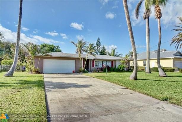 Single Family - Hutchinson Island, FL (photo 1)
