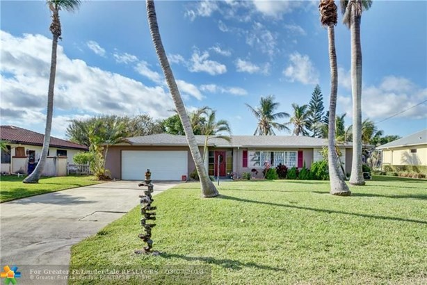 Single Family - Hutchinson Island, FL (photo 2)