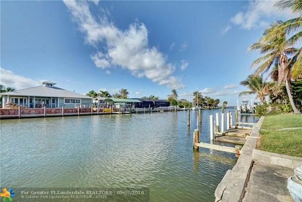 Single Family - Hutchinson Island, FL (photo 4)