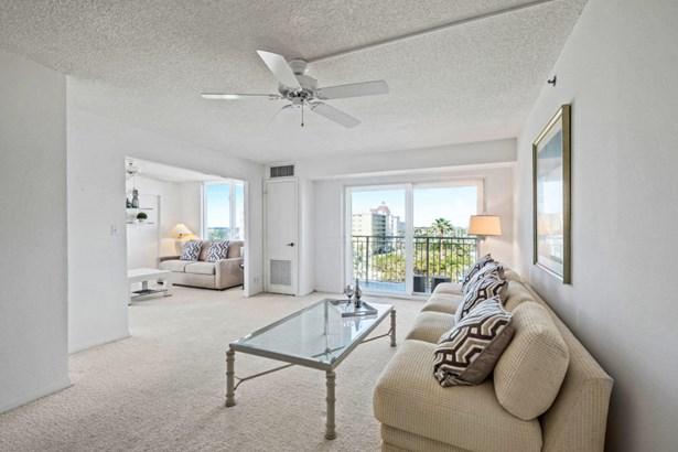 Multi-Level, Condo/Coop - Highland Beach, FL (photo 5)