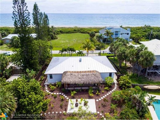 No Pool/No Water, Single Family - Hutchinson Island, FL (photo 1)