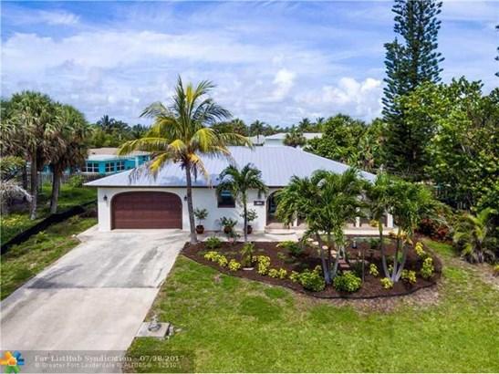 No Pool/No Water, Single Family - Hutchinson Island, FL (photo 3)