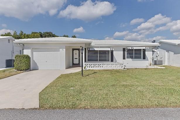Single Family Detached, Patio Home - Pompano Beach, FL