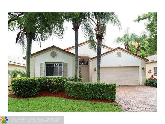 Pool Only, Single Family - Deerfield Beach, FL (photo 1)