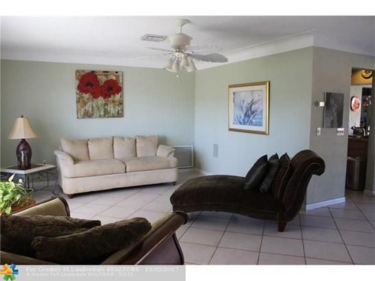 Single Family - Pompano Beach, FL (photo 2)