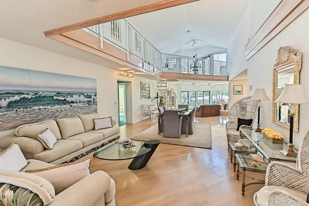 Single Family Detached, < 4 Floors,Multi-Level - Lighthouse Point, FL