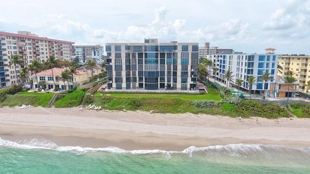 Condo/Coop, 4+ Floors,Contemporary - Hillsboro Beach, FL