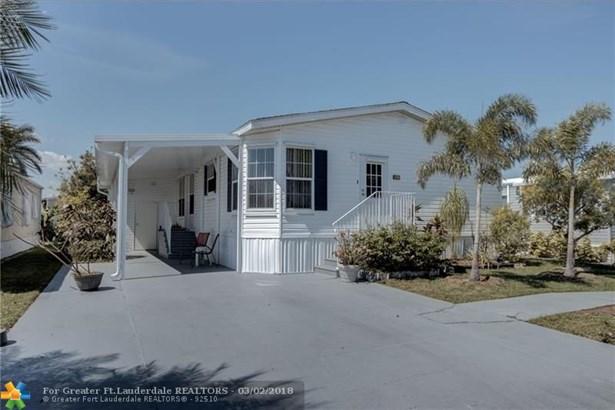 Single Family - Deerfield Beach, FL (photo 2)
