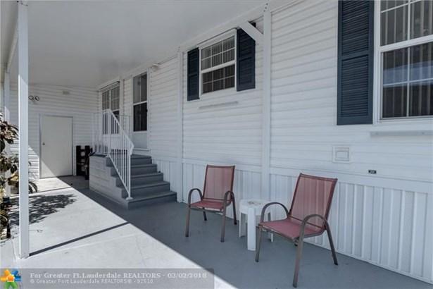 Single Family - Deerfield Beach, FL (photo 4)