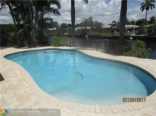 Single Family, WF/Pool/Ocean Access - Pompano Beach, FL (photo 1)