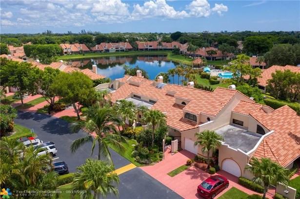 Condo/Co-op/Villa/Townhouse - Boca Raton, FL