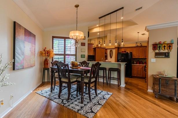 Single Family Detached, Coach House,Contemporary - Boca Raton, FL