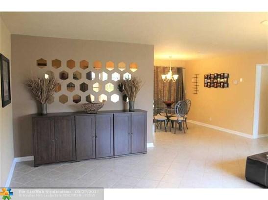 Single Family - Boynton Beach, FL (photo 4)