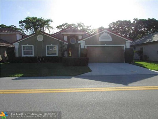 Single Family - Deerfield Beach, FL (photo 1)