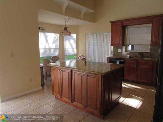 Single Family - Deerfield Beach, FL (photo 4)