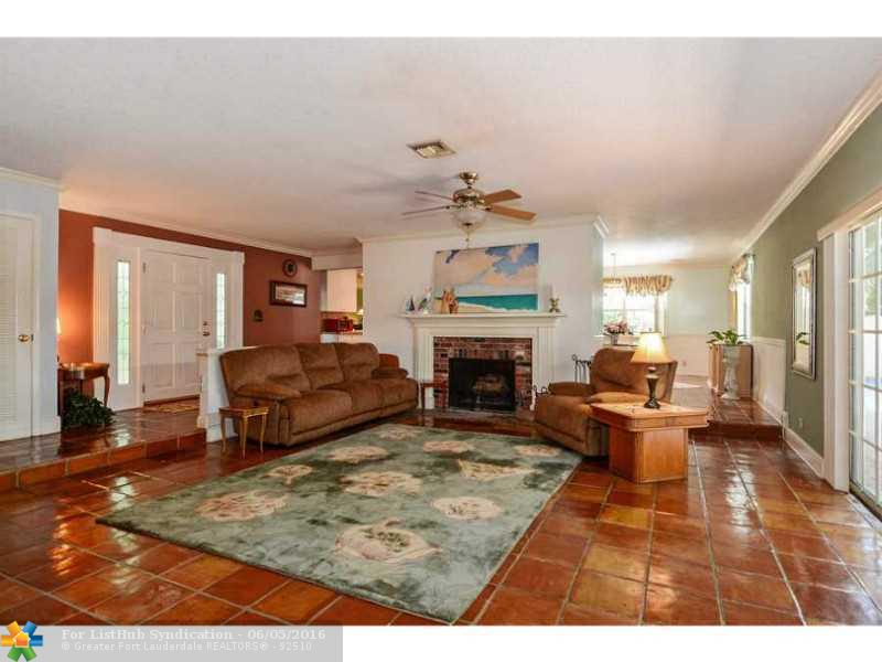 Pool Only, Single Family - Fort Lauderdale, FL (photo 2)