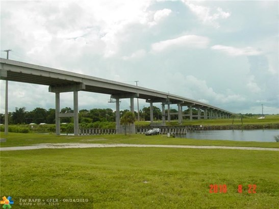 Residential Land/Boat Docks, Zoned Residential - Indian Town, FL (photo 2)