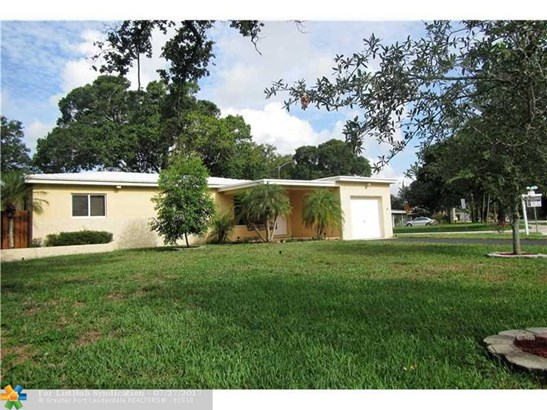 No Pool/No Water, Single Family - Fort Lauderdale, FL (photo 1)