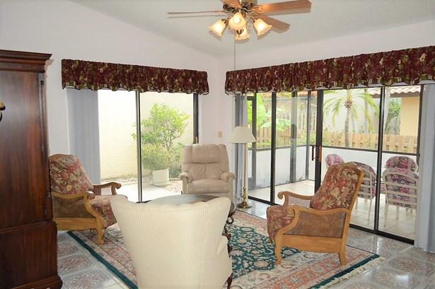 Single Family Detached, Ranch - Delray Beach, FL