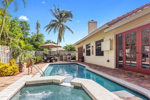 Single Family Detached, Multi-Level - Boca Raton, FL (photo 2)