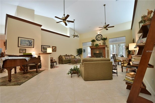 Cape Cod,Custom,Ranch, Single Family Home - WILLISTON, FL (photo 3)