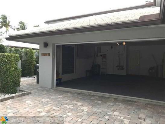 Condo/Co-Op/Villa/Townhouse, Townhouse Fee Simple - Boca Raton, FL (photo 2)