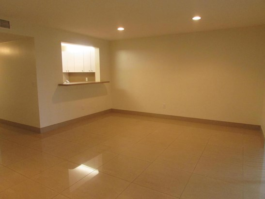 Condo/Coop - Boca Raton, FL (photo 5)