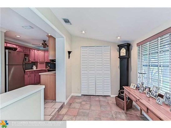 Single Family - Fort Lauderdale, FL (photo 2)