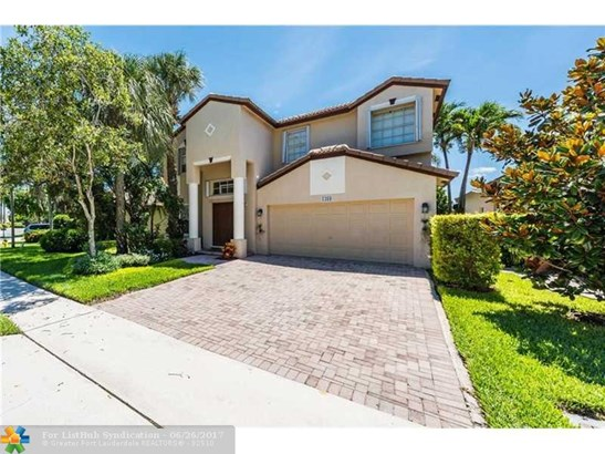 No Pool/No Water, Single Family - Pembroke Pines, FL (photo 4)