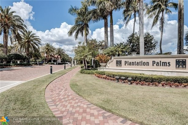 Single Family - Plantation, FL