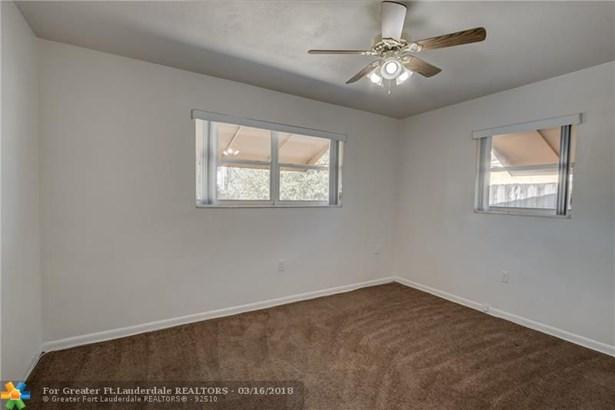 Single Family - Pembroke Pines, FL (photo 5)
