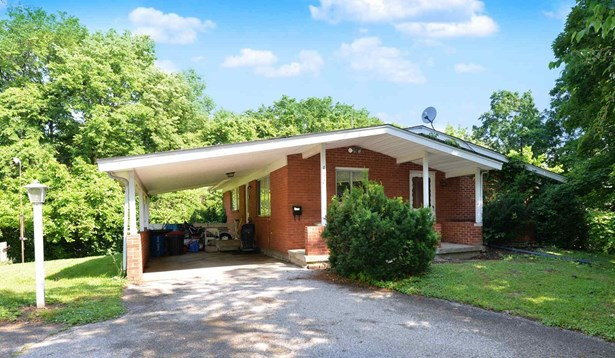 Single Family,Single Family Detached, Traditional - Erlanger, KY