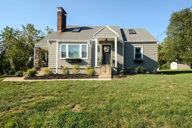 Cape Cod, Single Family Residence - Colerain Twp, OH