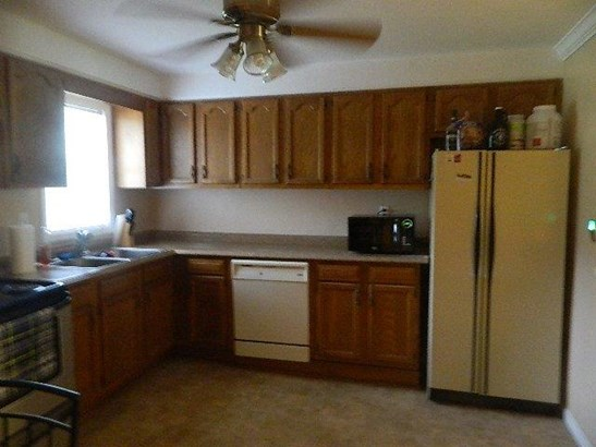 Single Family Residence, Ranch - Goshen Twp, OH (photo 4)