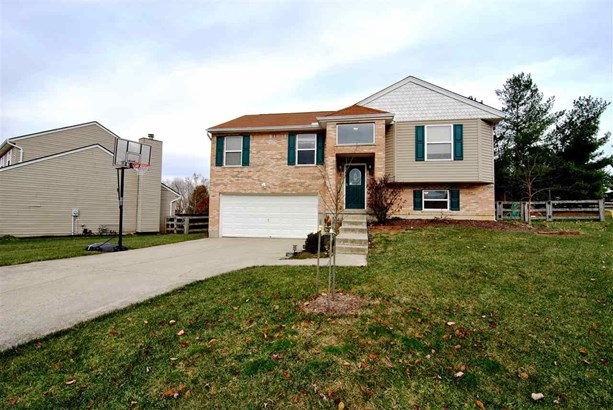 Single Family,Single Family Detached, Traditional - Florence, KY