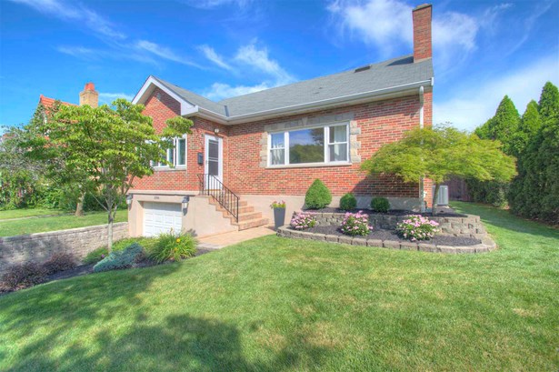Single Family,Single Family Detached, Traditional - Park Hills, KY
