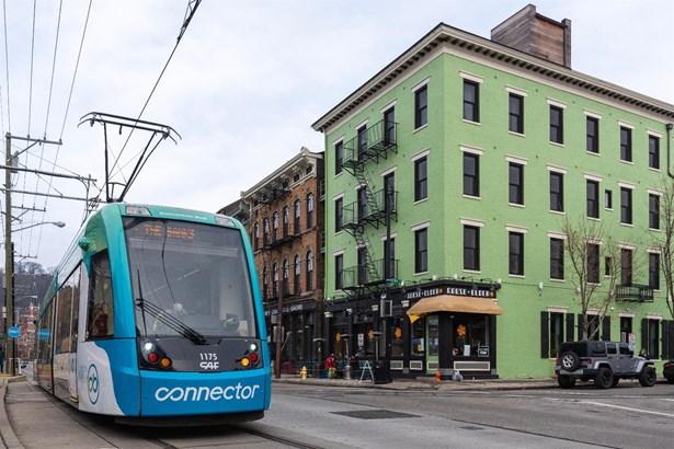 Condominium, Historical,Italianate - Cincinnati, OH