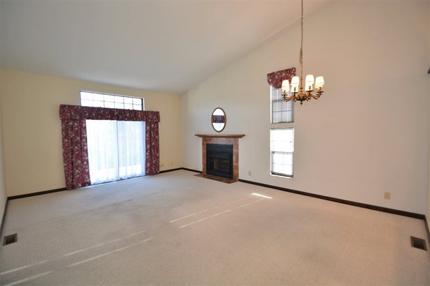 Ranch, Condominium,Single Family Attached - Florence, KY (photo 2)